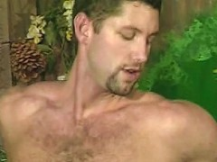 Gorgeuos big-bodied bear in ass drilling sex play